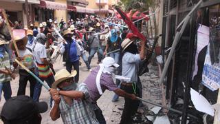 Miles de maestros protestan en México contra la reforma educativa del Gobierno
