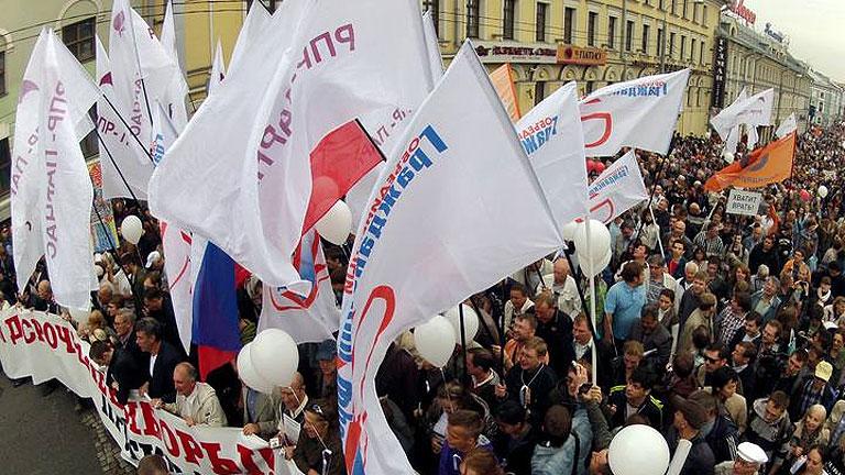 Miles de opositores participan en la 'Marcha de Millones' contra la política de Rusia