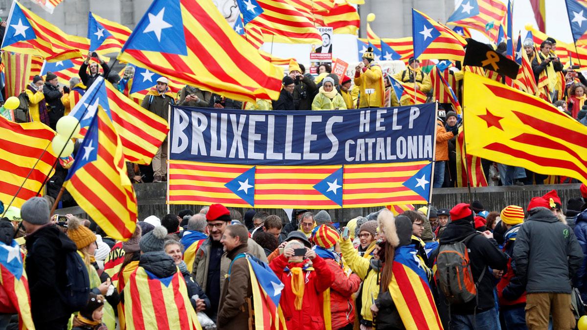 Miles de personas marchan en Bruselas a favor de la independencia