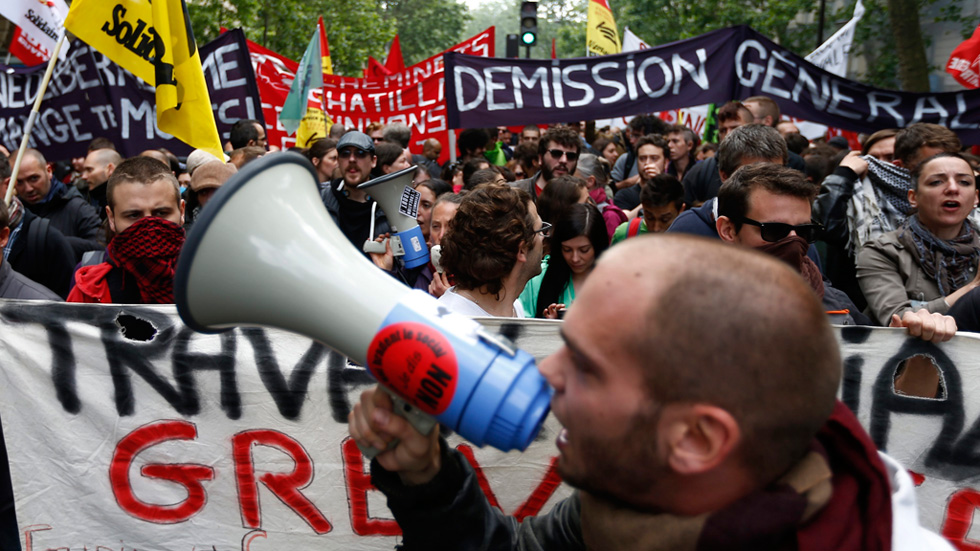 Miles de personas se manifiestan en Francia contra la reforma laboral