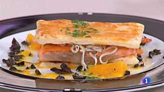 Cocina con Sergio - Milhojas de salmón con pimientos caramelizados