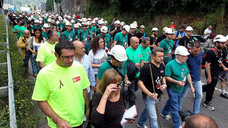 Mineros de Asturias, León y Teruel marchan a pie rumbo a Madrid contra los recortes