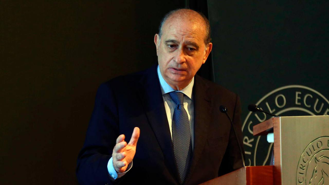 Francia entregar a espa a documentos armas y efectos for Ministro del interior espana 2016