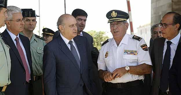El ministro del interior responde a eta lo nico que for Escuchas del ministro del interior