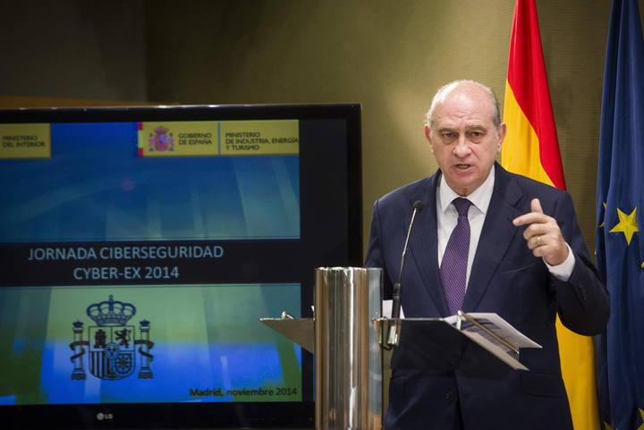 El ministro del Interior, Jorge Fernández Díaz, en una reunión con responsables del IBEX el pasado 25 de noviembre.