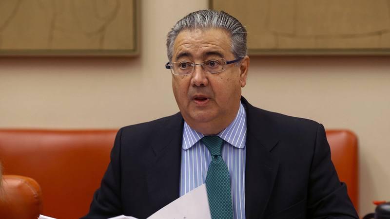 Interior colocar 60 radares fijos y c maras para luchar for Zoido ministro del interior