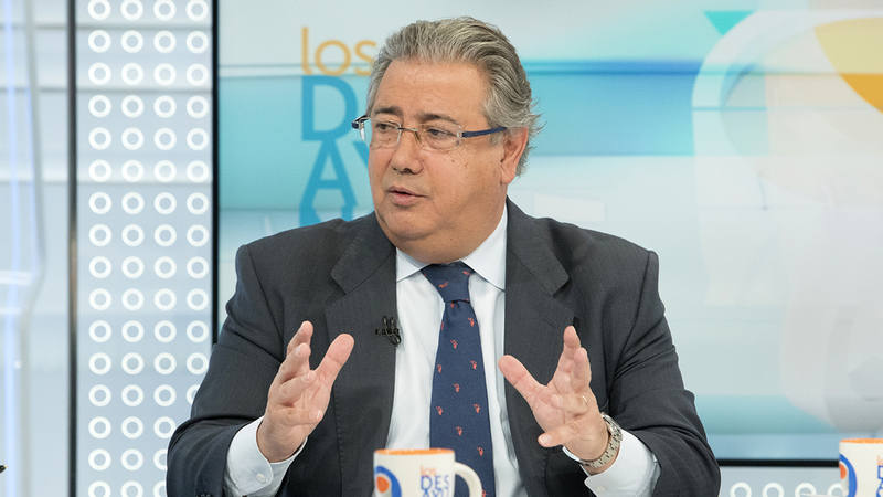Zoido defiende la actuaci n equilibrada de los mossos d for Zoido ministro del interior