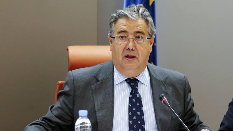 Tr fico estudia imponer mayores restricciones a los for Zoido ministro del interior