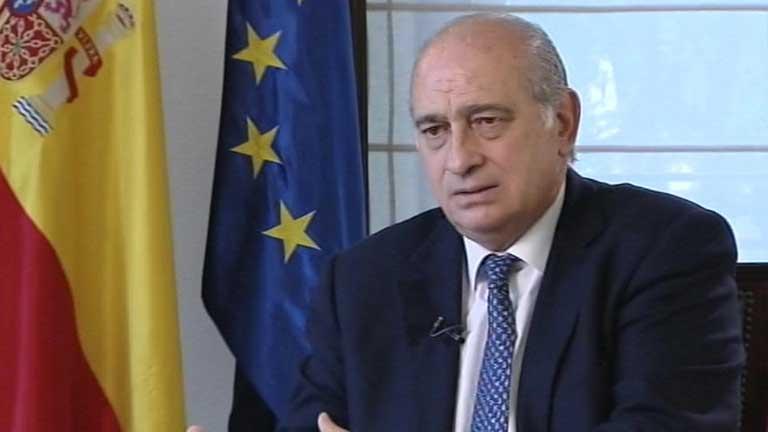El ministro del interior si eta se disuelve la pol tica for Escuchas del ministro del interior
