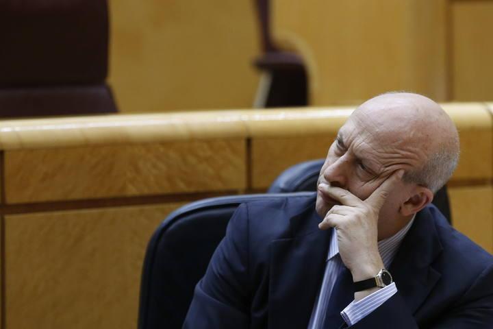 El ministro de Educación, José Ignacio Wert, en sesión de control al Gobierno en el Senado.