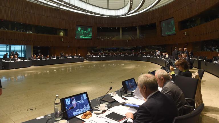 Los ministros de Economía y Finanzas de la UE descartan una tercera recesión en Europa
