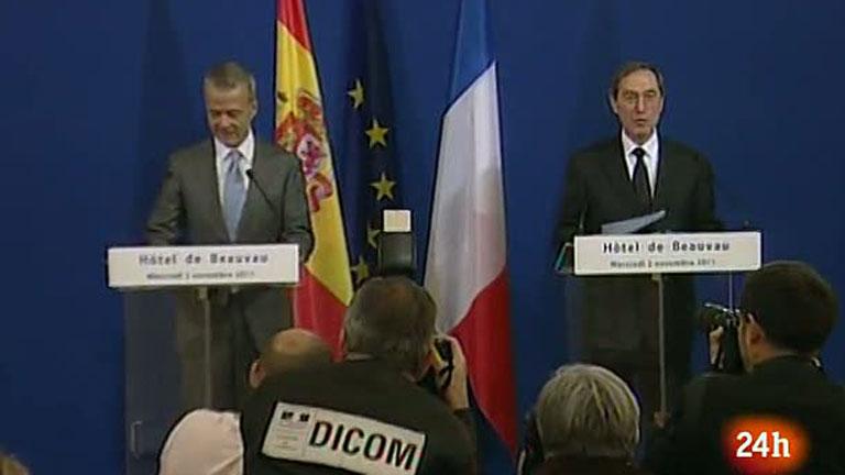 los ministros de interior de espa a y francia se mantienen