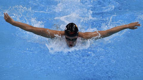 Mireia Belmonte se mete en la final del 200 mariposa con el tercer mejor tiempo