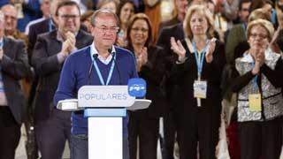 El presidente de Extremadura devolverá el dinero de los viajes que hizo a Canarias