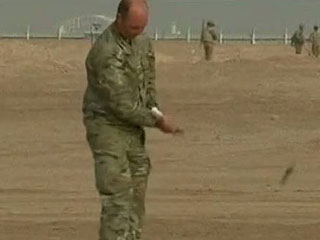 Montgomerie da clases en el desierto