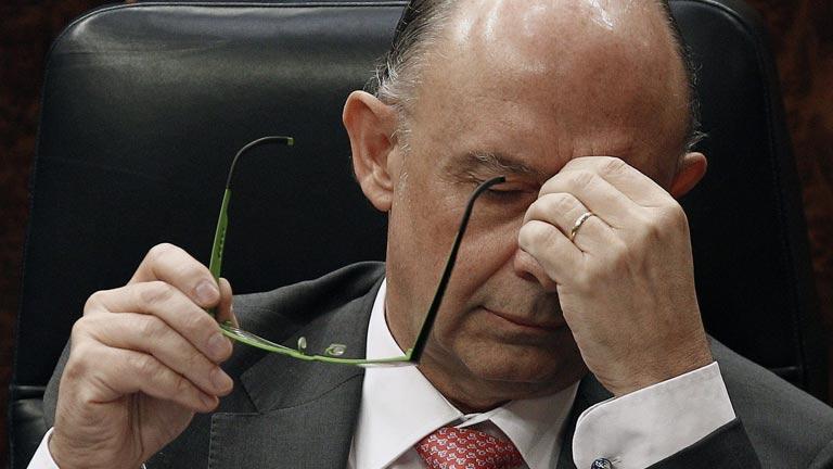 Montoro no cree que España pueda reducir el déficit al 4,4% este año