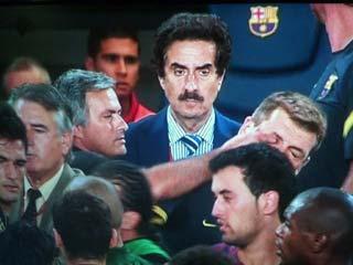 Dos partidos a Mourinho, uno a Vilanova