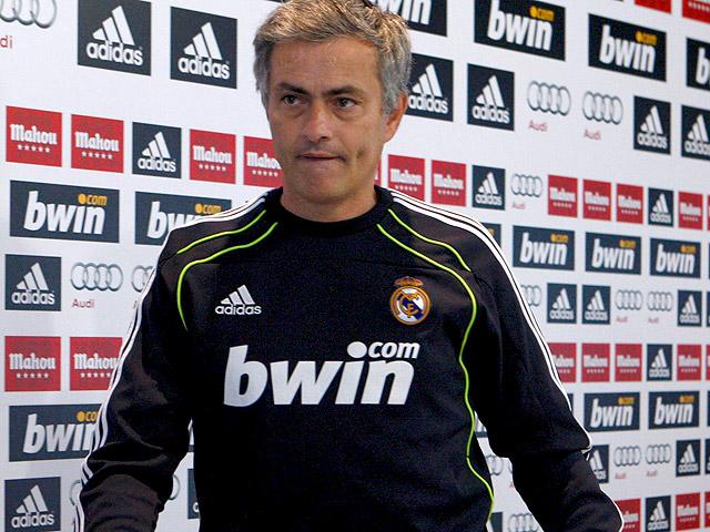 Mourinho confía en Arbeloa y le preocupa la delantera