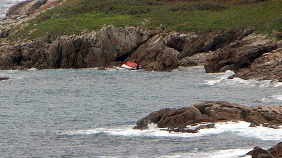 Muere un hombre en el naufragio de una embarcación en las Islas Sisargas
