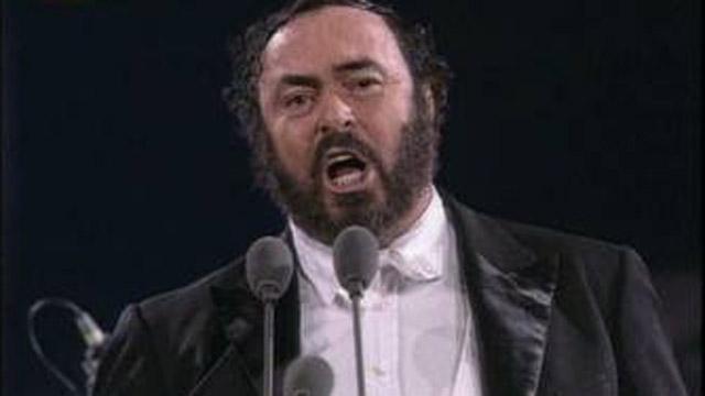 Muere Luciano Pavarotti (2007)