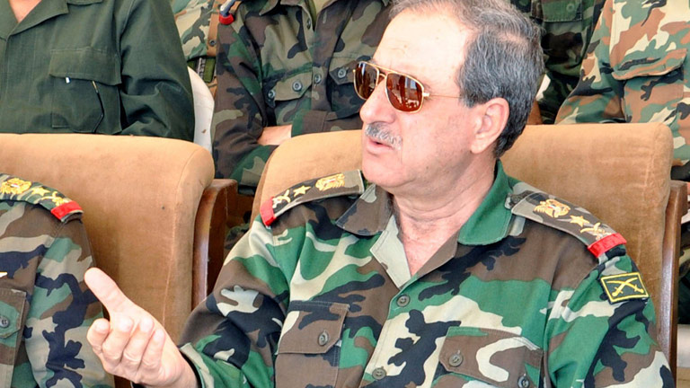Muere el ministro de Defensa sirio y un cuñado de Asad en un atentado suicida en Damasco