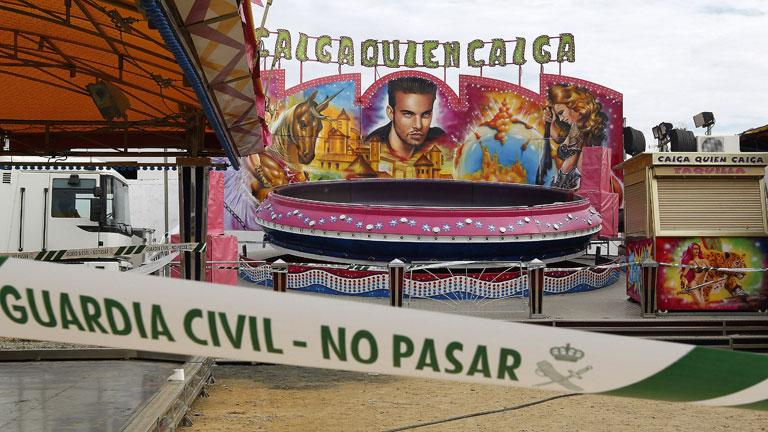Muere una niña de 12 años al bajarse de una atracción en los Palacios, Sevilla