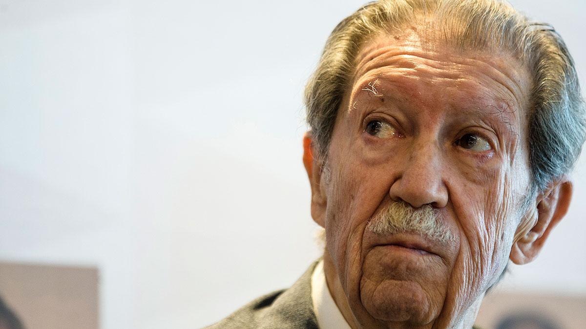 Muere el poeta y articulista Manuel Alcántara a los 91 años