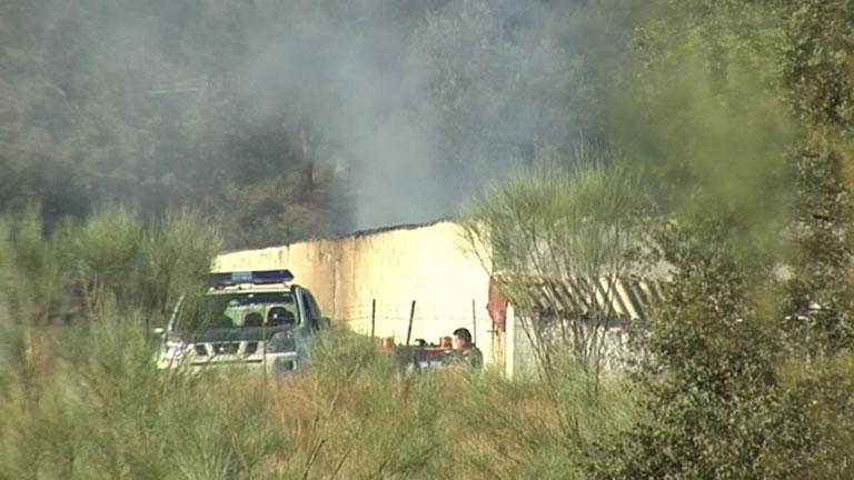 Mueren un padre y su hija en el incendio de un cortijo en Huelva