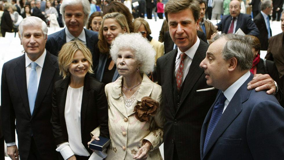 Personalidades políticas y sociales lamentan la muerte de la duquesa