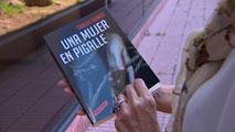 Ir al Video'Una mujer en Pigalle', segunda novela del periodista Carlos Suárez