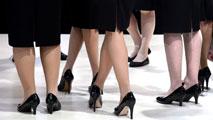 Ir al VideoLas mujeres cobran en España un 24% menos que los hombres