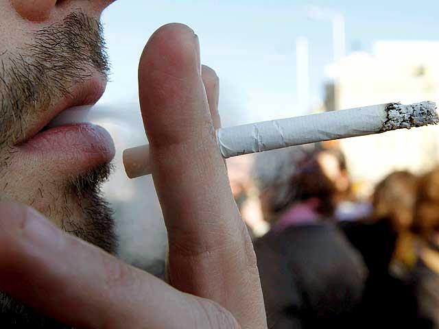 Incumplir la nueva ley antitabaco conlleva multas de 30 a 100.000 euros para fumador y dueño del local