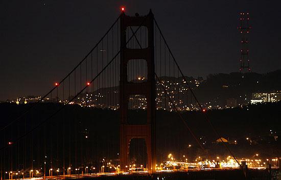 Más de 4.000 ciudades del mundo apagaron sus luces en la Hora del Planeta