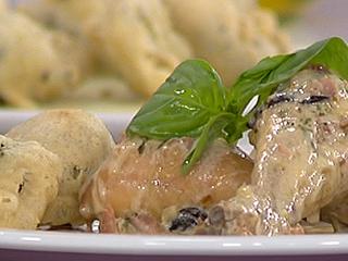 Saber cocinar - Muslitos en salsa con buñuelos de brócoli