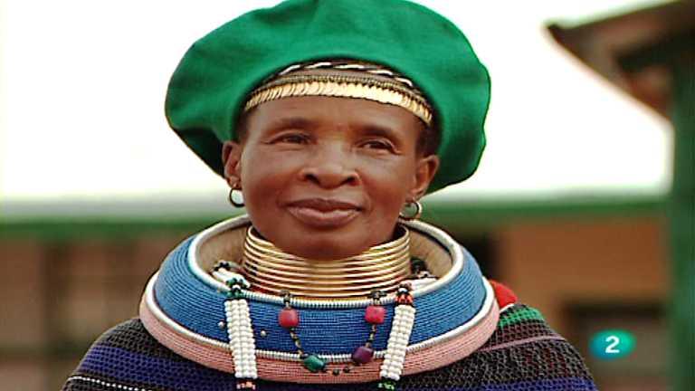 Otros pueblos - Ndebele, cuellos de avestruz