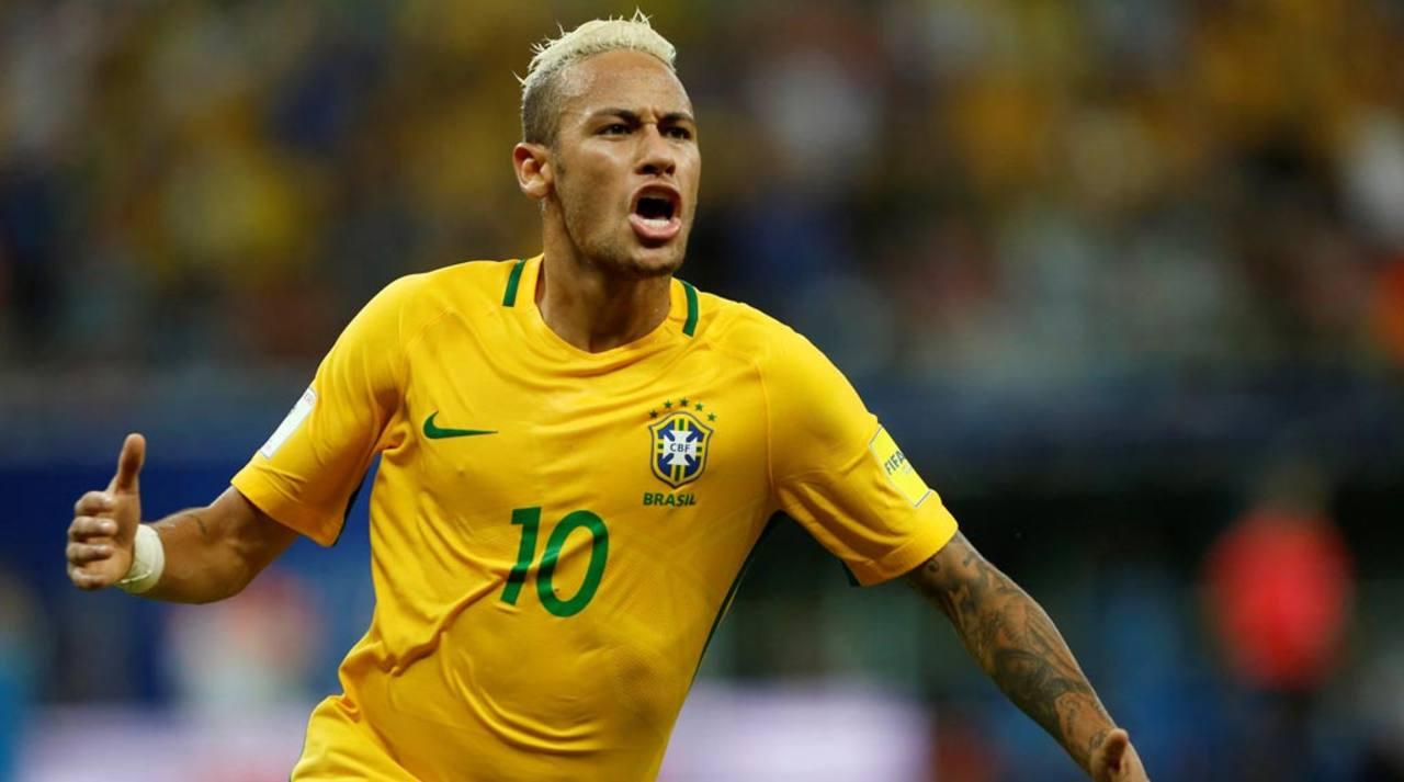 Neymar anota un gol ante Colombia