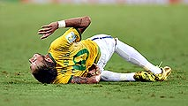 Ir al VideoNeymar, con fractura en una vértebra, dice adiós al Mundial