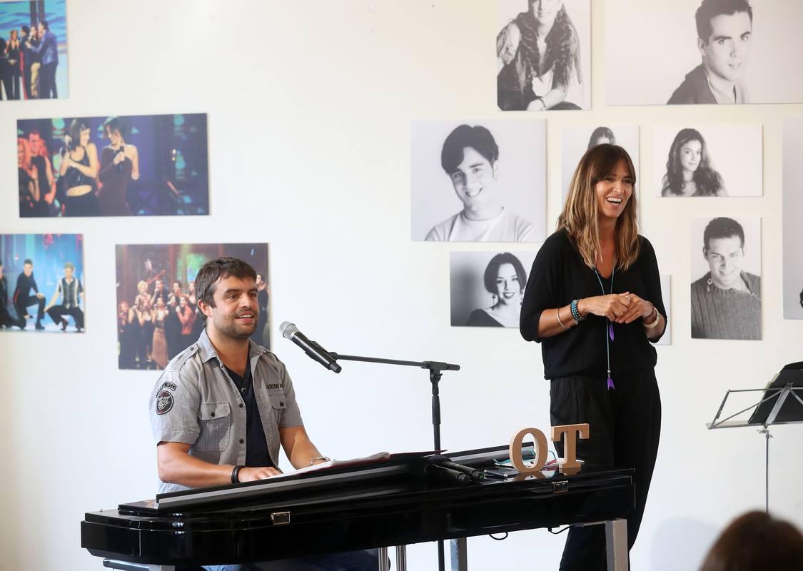 Noemí Galera y Manu Guix acompañarán a los artistas en el primer especial