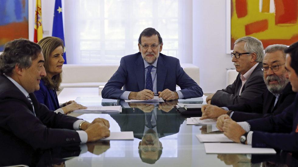 La nueva ayuda a parados costará entre 1.000 y 1.200 millones de euros