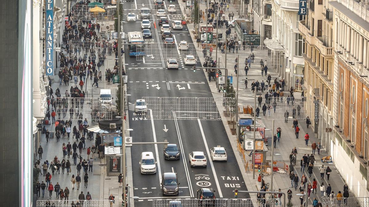 Ir al VideoLa nueva Gran Vía de Madrid: más peatones, menos coches