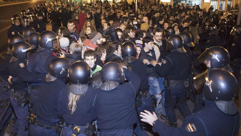 Nueve detenidos en las protestas estudiantiles en Valencia contra los recortes