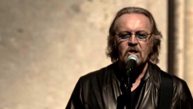 El cantante Umberto Tozzi presenta su nuevo álbum y prepara una gira por España