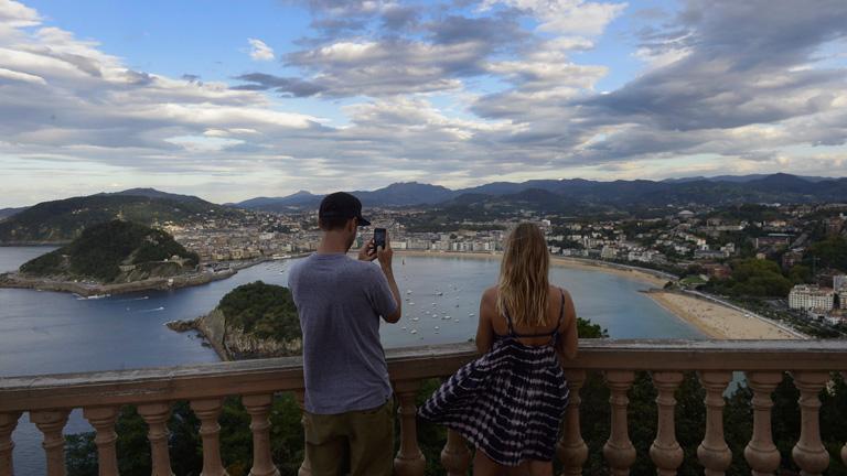 España superó en agosto los 9 millones de turistas internacionales por primera vez