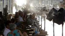 Ir al VideoLa 'ola de calor' de este inicio de septiembre sigue azotando la Península