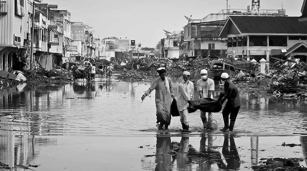 'La ola negra' que barrió Banda Aceh