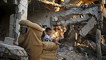 Ir al VideoUna ONG israelí acusa al ejército de permitir ataques indiscriminados en la operación Pilar Defensivo