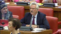 Ir al VideoLa oposición no cree la versión de Fernández Díaz sobre su encuentro con Rato y pide su dimisión