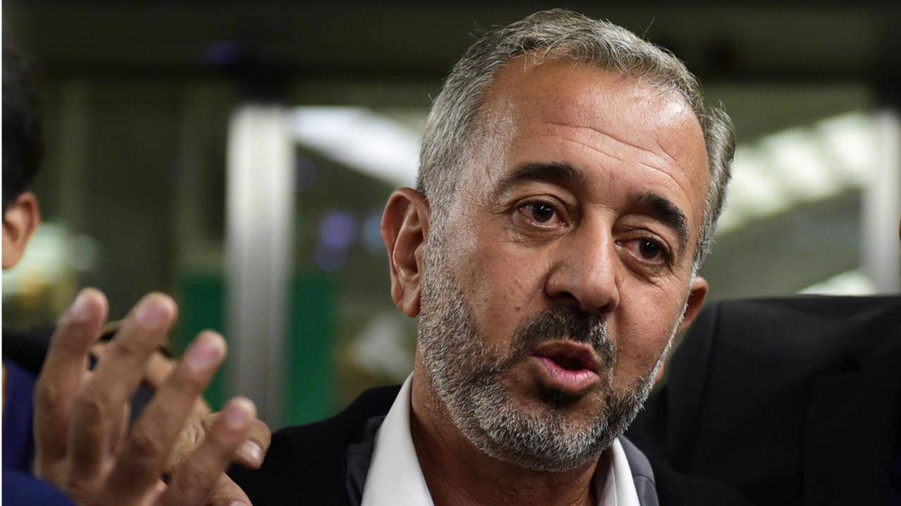 Osama Abdul Mohsen a su llegada a Madrid donde vivirá y trabajará.