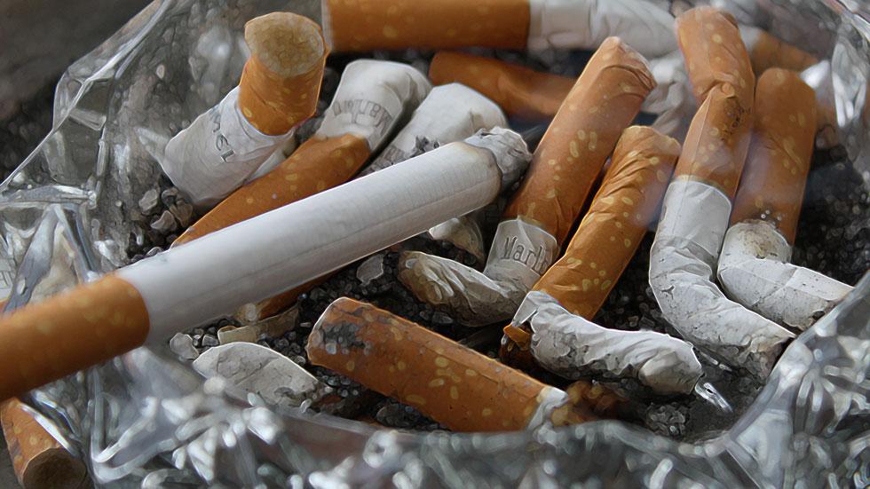 País Vasco prohibirá fumar en los estadios de fútbol y sociedades gastronómicas