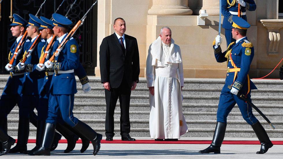 El papa Francisco está en Azerbaiyán tras su visita de dos días a Georgia